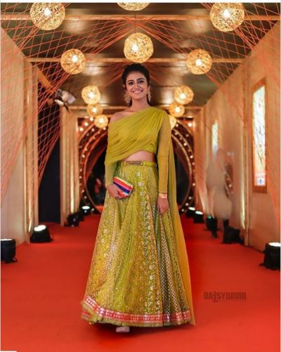 Priya Prakash Varrier slays in desi look: See  Insta worthy pics