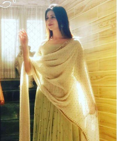 See the adorable photo of shining gem of Divyanka Tripathi Dahiya's mother