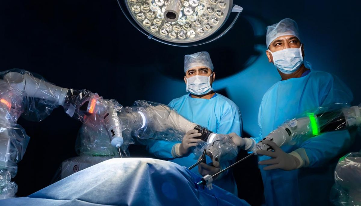 Galaxy care becomes first hospital in the world to ACQUIRE THE VERSIUS SURGICAL ROBOTIC