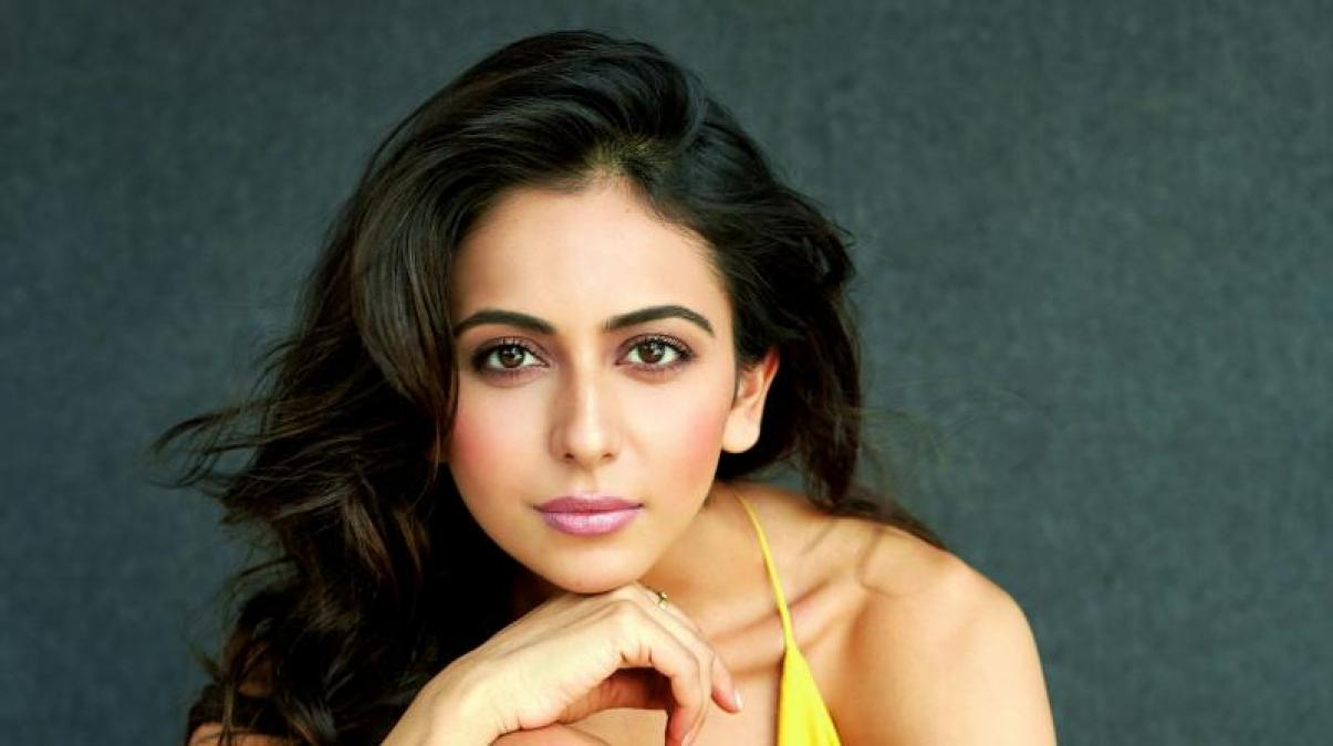 It's very difficult for outsiders to get good roles in the film industry: Rakul Preet Singh