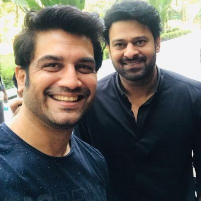 See pic : When 'The face met the voice!' Sharad Kelkar shares a selfie with Baahubali star Prabhas