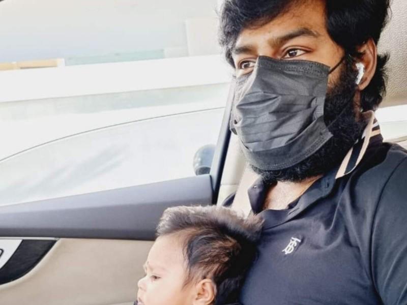 आरके सुरेश ने फादर्स डे पर अपनी नवजात बेटी के साथ शेयर की तस्वीर
