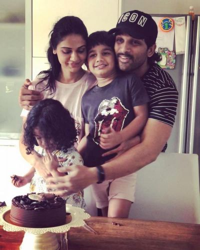 Allu Arjun's pics with daughter Arha are giving father-daughter goals