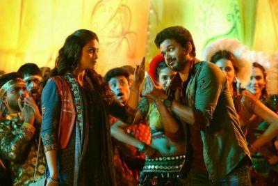 Vijay  starer Sarkar  Director Murugadoss Gets Relief From Arrest Till  this date