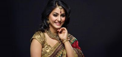 Know who is close to TV actress Hina Khan