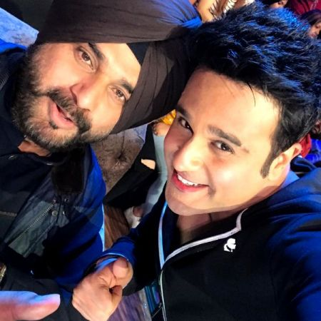 The Kapil Sharma Show 2 : View pic Krushna Abhishek poses with Navjot Singh Sidhu