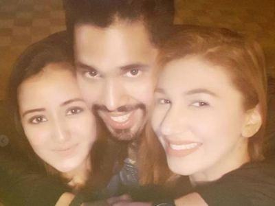Bigg Boss 12 : Jasleen Matharu shares photo of renuion with Shivashish Mishra and Roshmi Banik's