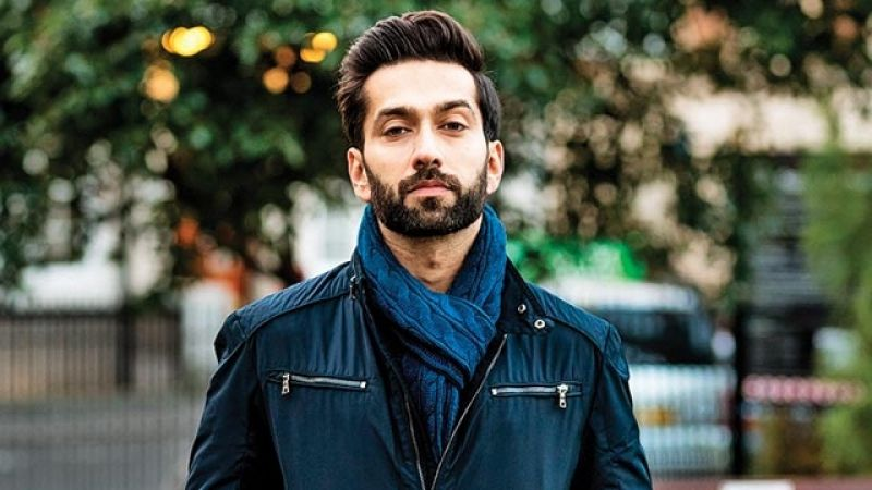 Check out the Nakuul Mehta' heartwarming picture with his grandpa