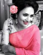 Divyanka Tripathi shares an exhausted picture on Instagram