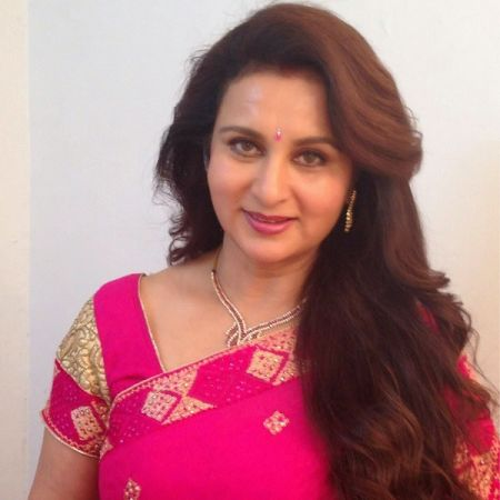 Poonam Dhillon walks out of Ekta Kapoor's show 'Dil hi to hai'