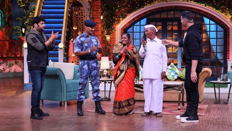 Akshay Kumar and Kapil Sharma promise to do a show in Siachen for