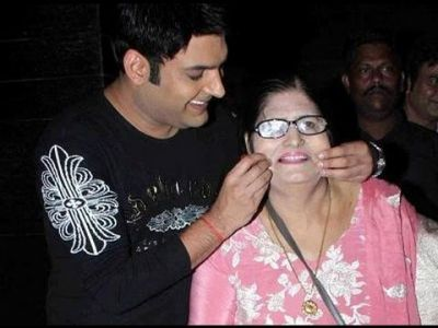 Watch: Kapil Sharma introduces his mom on his show, the comedian gets emotional