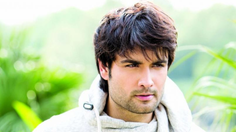 Vivian Dsena adds special clause to any daily soap contract