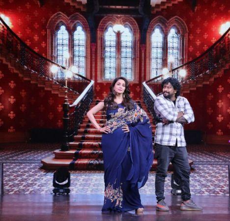Madhuri Dixit dances on