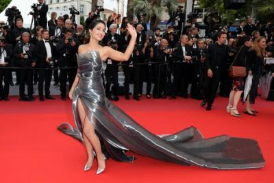 Hina Khan slays silver at the Cannes 2019 with this gown