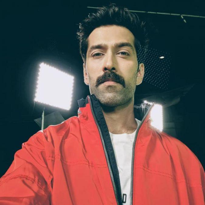 Watch video: Nakuul Mehta is back with a new project, meet his new character here
