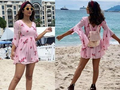 Hina Khan Looks pearly pink in her this dress