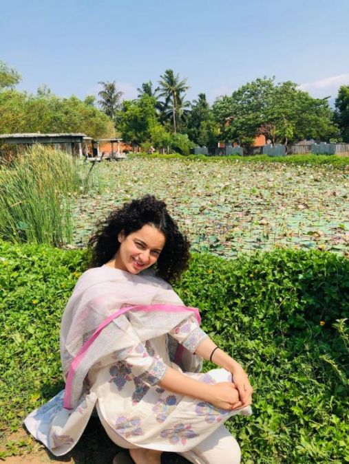Kangana Ranaut's latest sun kisses pic is unmissable, check it out here