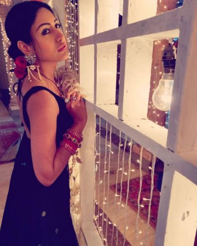 See pic : Ishqbaaaz: fame Surbhi Chandna shares her Diwali look