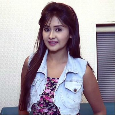 Makers of Yeh Rishta Kya Kehlata Hai searching for news face as Kanchi Singh is not returning to show