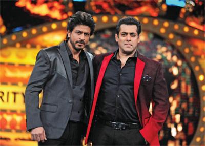 Bigg Boss 12: Shah Rukh Khan to share stage with  host Salman Khan on upcoming Weekend ka Vaar?