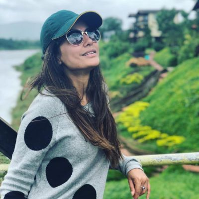 Watch Hina Khan thanks her fans on 31st birthday for the warm wishes