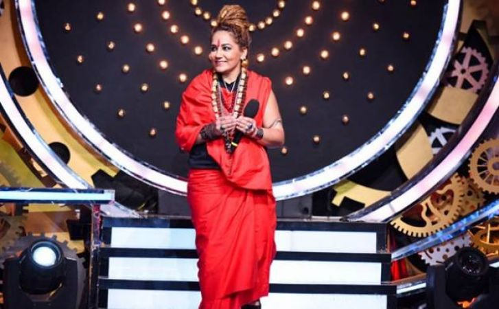 Bigg Boss 11: Sshivani Durga gets eliminated, Arshi Khan Flirts with Hiten