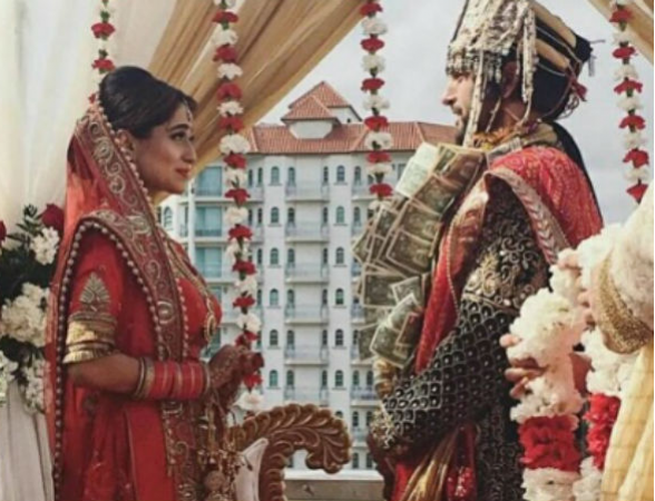 Celebrate Soumya Seth's Birthday with some of her Best Wedding pics!