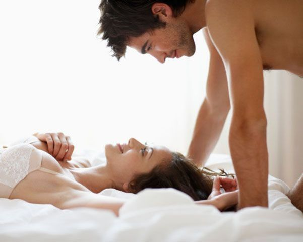 जानिए यौन संबंध के दौरान महिलाए क्या सोचती हैं