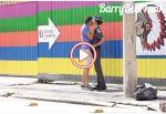 video : जब लड़के ने किया फीमेल पुलिस ऑफिसर को सरे आम किस