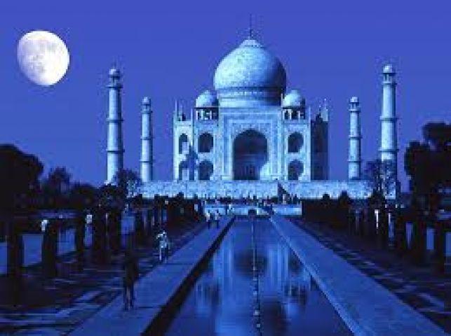 ताज महल पत्थर का होता