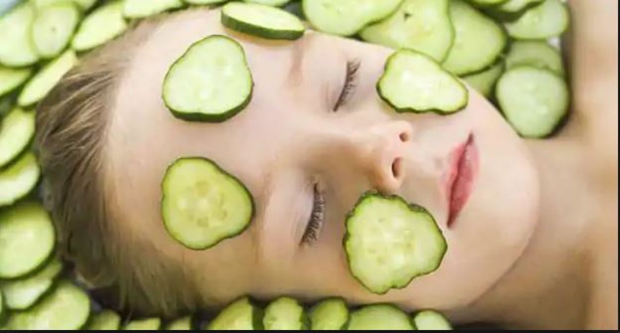 Use cucumbers with these things to get clean your face