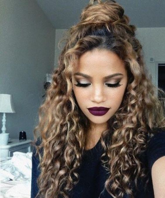 Curly haired girls are special for these hairstyles