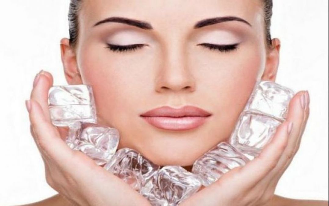Ice Cubes Is Beneficial For Skin In Monsoons