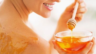 Heal Your Acne Scars With Honey Face Pack