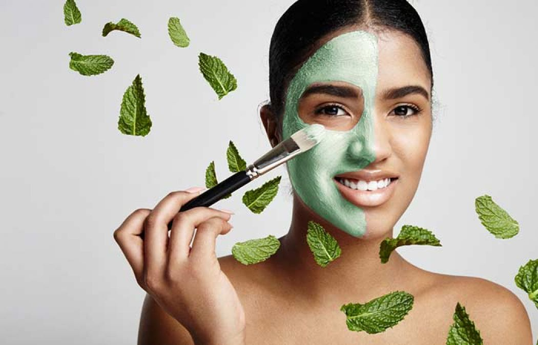 Must-Know Benefits Of Mint Face Pack To Soothe Your Skin