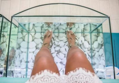 You should read this before getting fish pedicure
