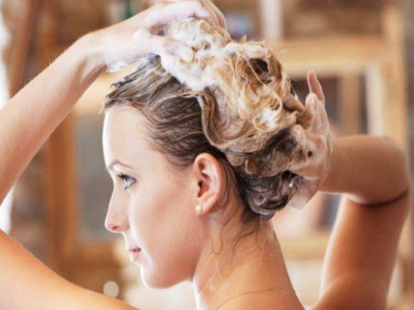 बालों को खूबसूरत और चमकदार बनाने के लिए करें सही कंडीशनर का चुनाव