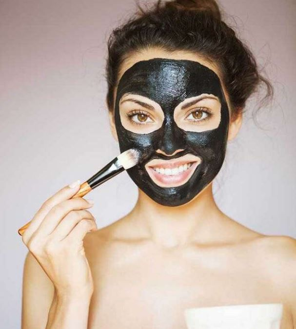 Charcoal  is best for Face, makes face Shines in this way