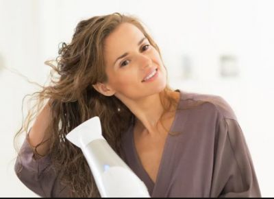 Without a hair dryer can also dry the hair, to avoid damage