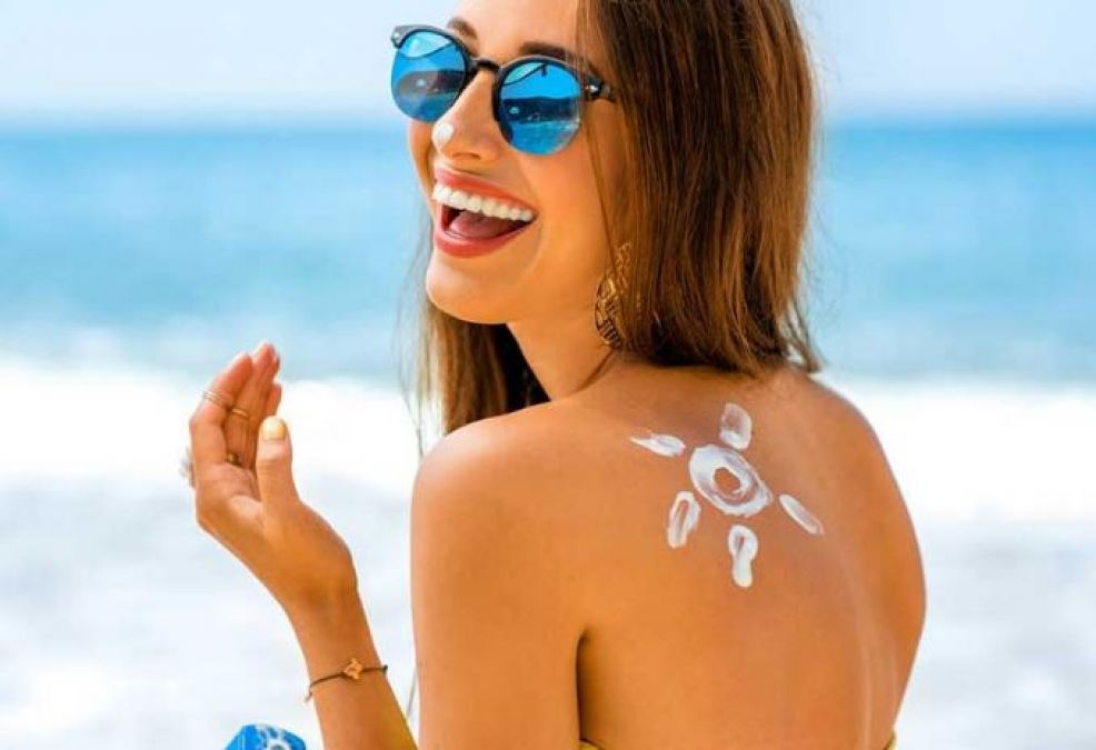Homemade tips to get rid of sun tan during monsoon