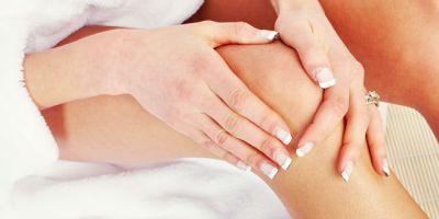 घुटनों का कालापन दूर करने के कुछ आसान तरीके