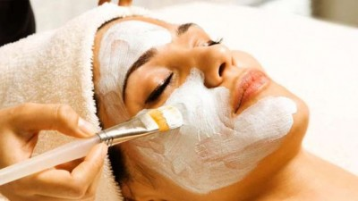 Lockdown period: Facial tips to do at home for glowing skin