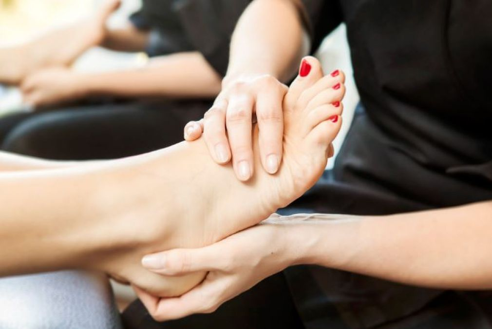 It is essential to do Pedicure every month, helps to make feet beautiful