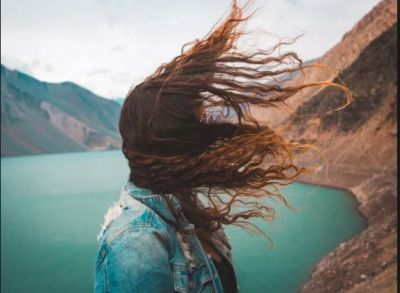 Take care of your hair by these ways while traveling