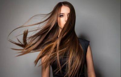 बालों के साथ ना करें ये चीज़ें, होता है नुकसान