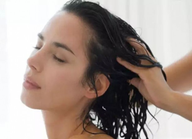 चावल के पानी से अपने बालों को बनाएं चमकदार और मजबूत, ऐसे करें इस्तेमाल