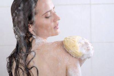 अब साबुन को छोड़ें करें शावर जैल इस्तेमाल, ये होंगे फायदे