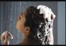 सुबह-सुबह की भागदौड़ से बचने अगर रात में बाल धोती है तो होंगे ये नुक्सान, बरते ये सावधानी