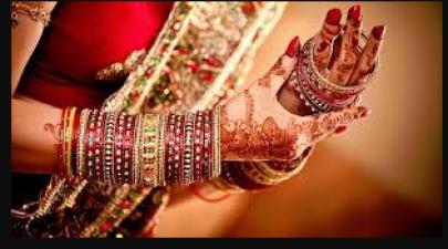 नवरात्री में महत्वपूर्ण है महिलाओ का 16 श्रृंगार, जाने